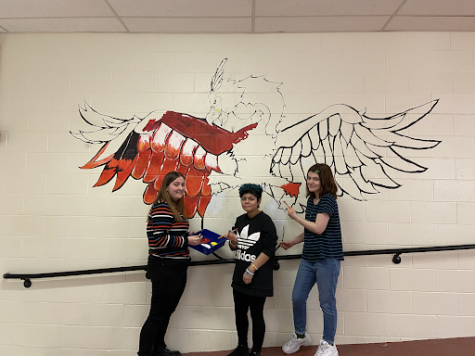Freshman Building Creates New Mural